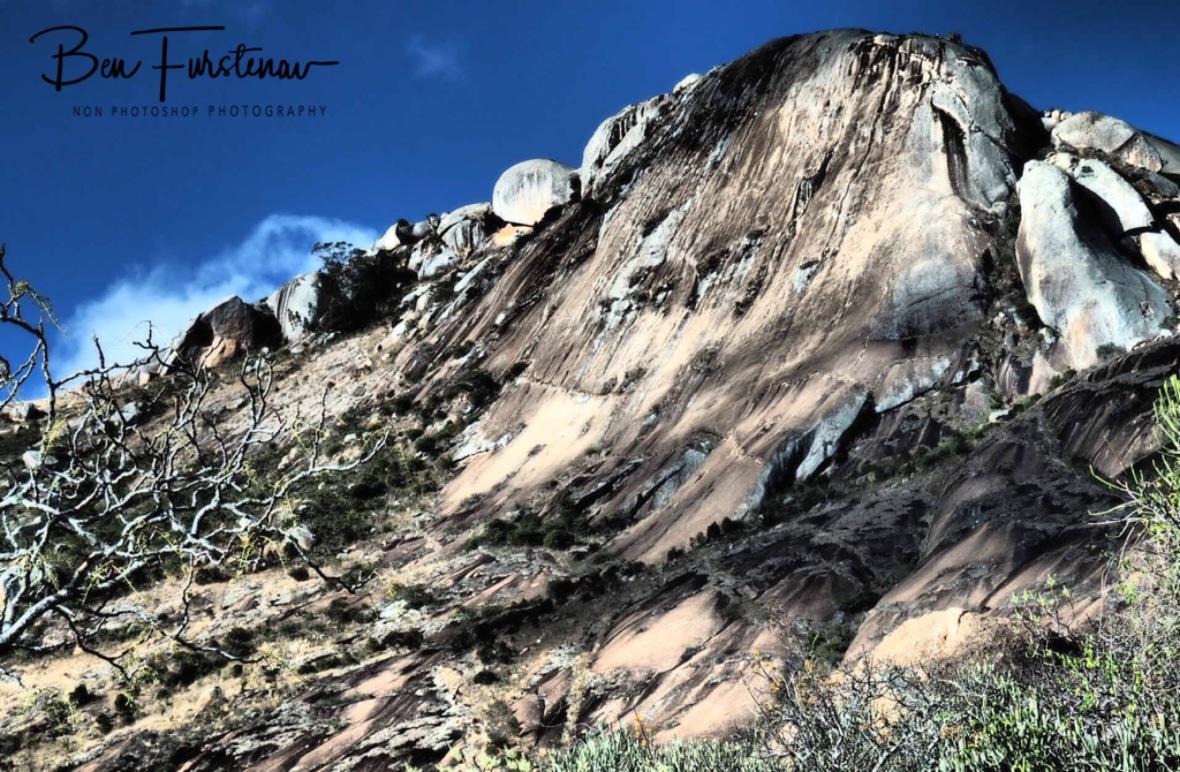 Glacier carved peaks