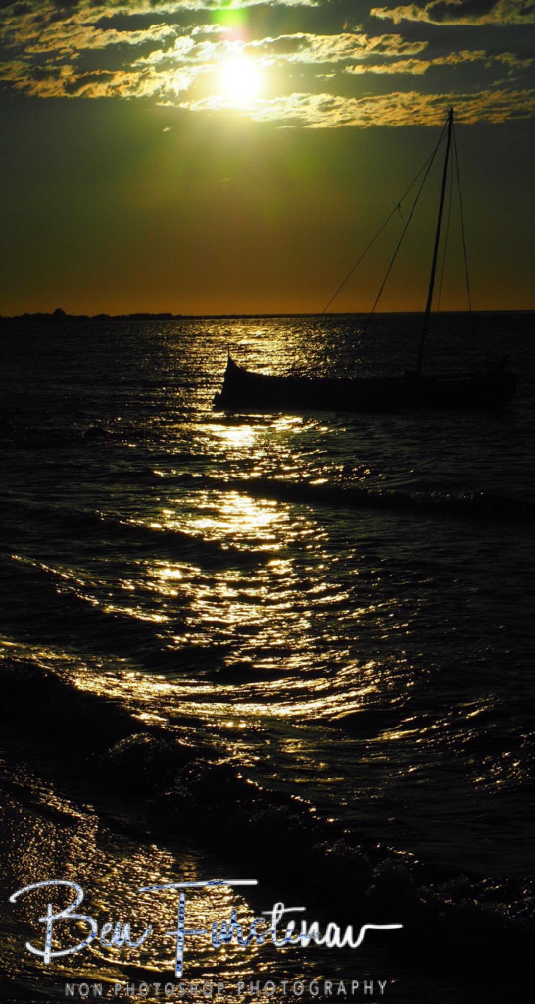Sunset pirogue