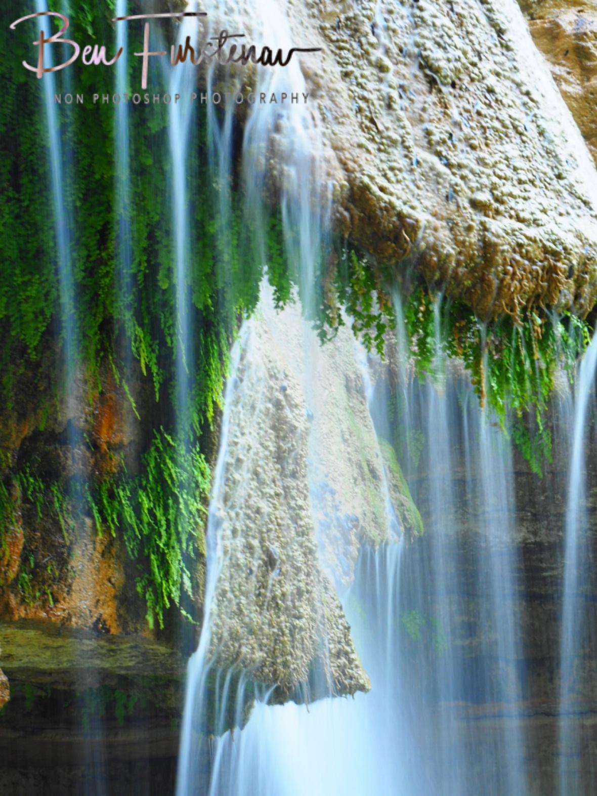La cascades close up