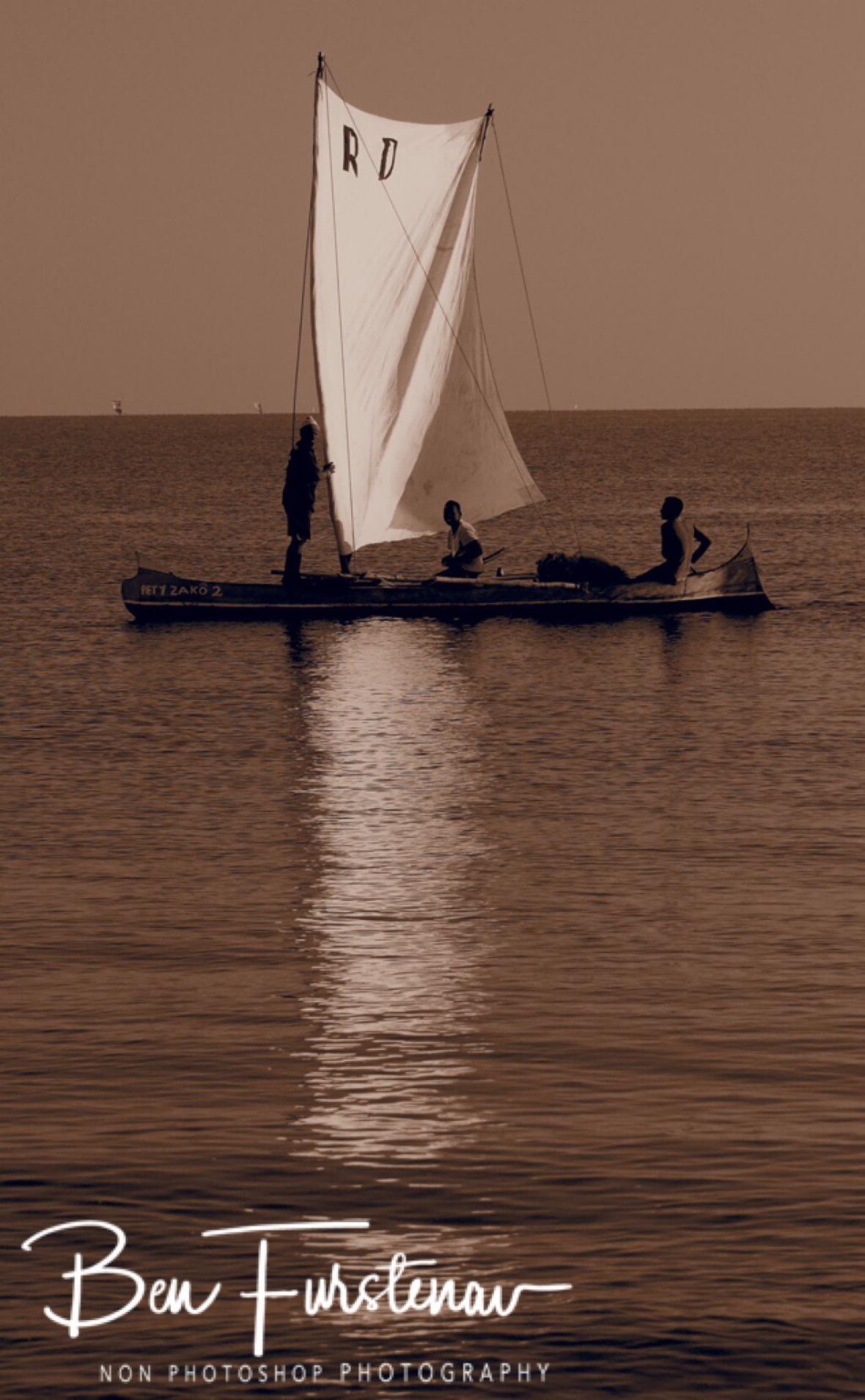 Pirogue fishermen