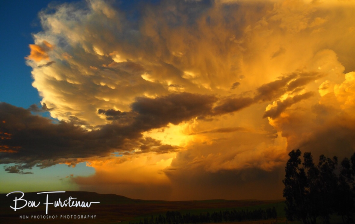 A dramatic cloud formation at sunset over the Drakenberg foothills