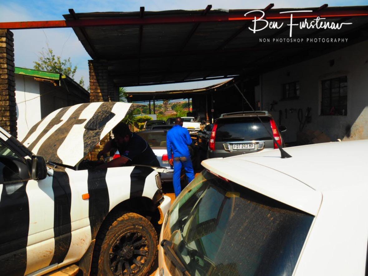 Zimba and the mechanic, Sabie