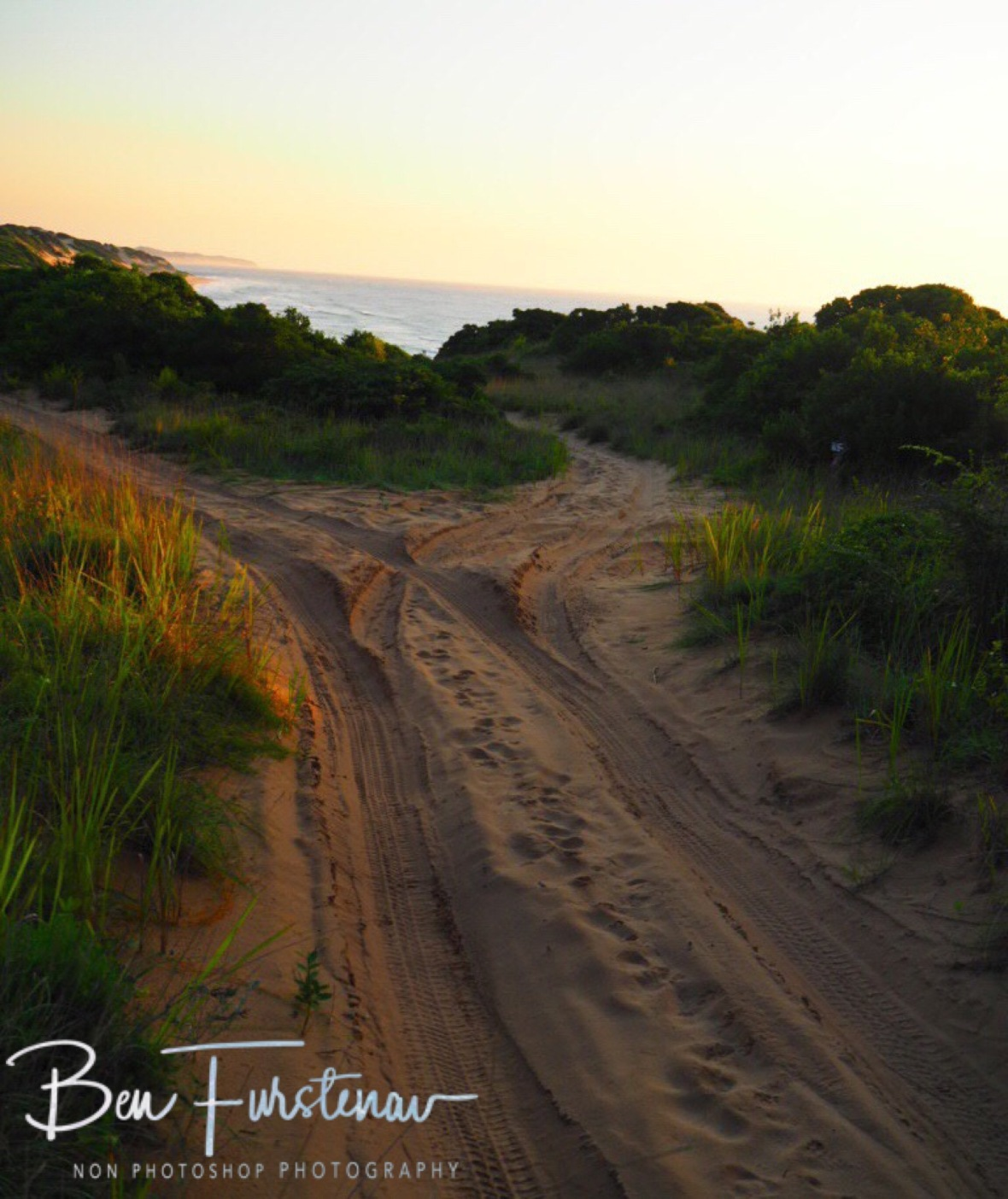 Sunrise along the sand tracks on Machangulo peninsula