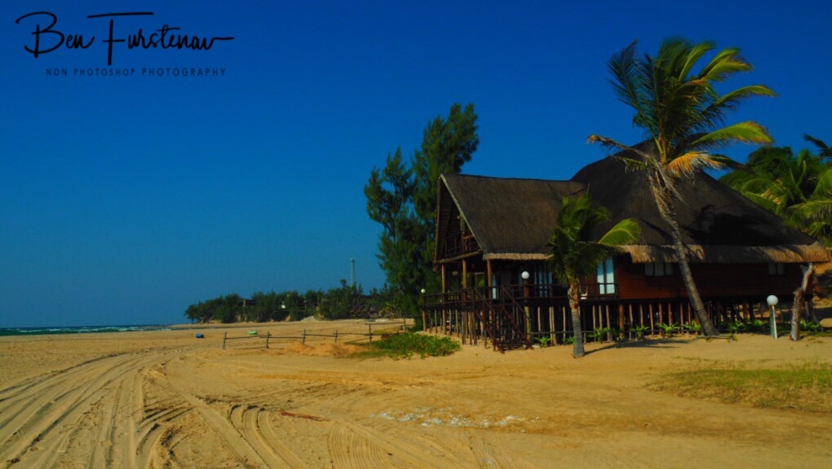 Luxury right near the water, to close to comfort on high seas and high tide, Barra beach, Inhambane, Mozambique