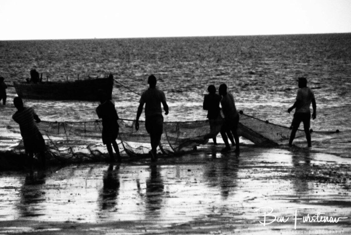 Getting closer, Vilankulo, Mozambique