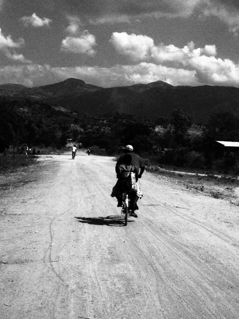 Long way on dusty tracks near Salima, Malawi