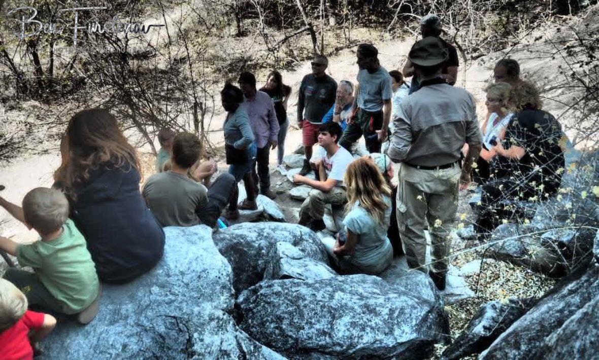 Italian bushmen and women, Tsolido Hills, Kalahari desert, Botswana