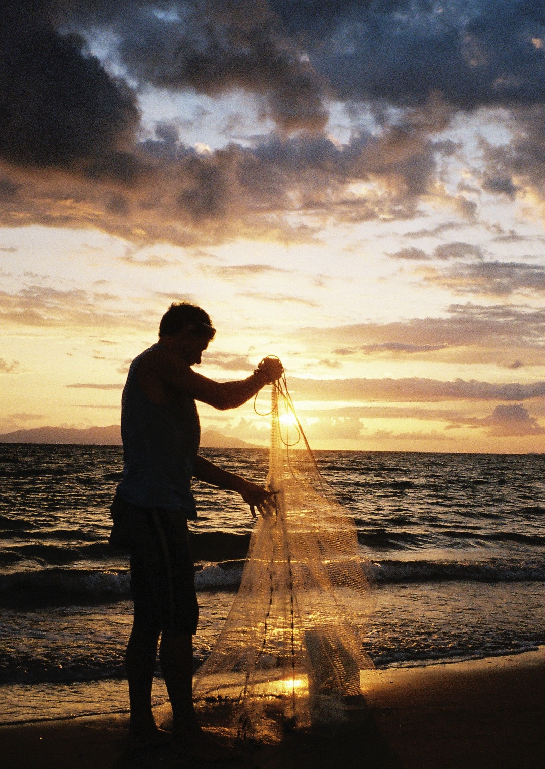 Collecting bait with a cast net is only legal in Queensland, Australia